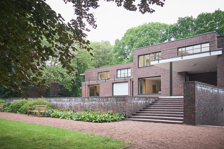 Little Discoveries - Bauhaus in Krefeld - Haus Lange und Esters